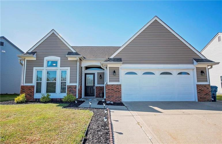 6458 Decatur Commons Indianapolis, IN 46221 | MLS 21675593 | photo 1