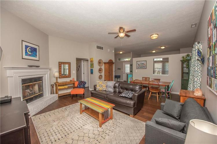 6458 Decatur Commons Indianapolis, IN 46221 | MLS 21675593 | photo 10