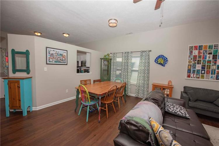 6458 Decatur Commons Indianapolis, IN 46221 | MLS 21675593 | photo 11