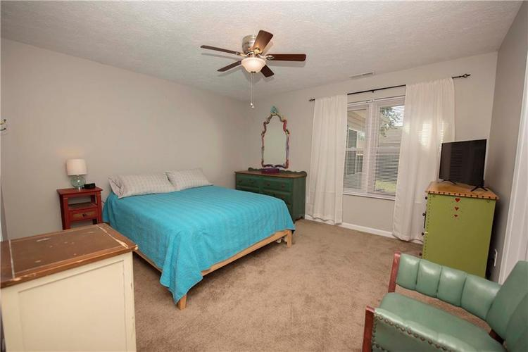6458 Decatur Commons Indianapolis, IN 46221 | MLS 21675593 | photo 13