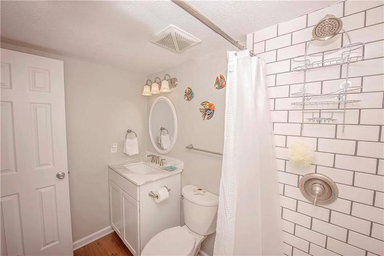 6458 Decatur Commons Indianapolis, IN 46221 | MLS 21675593 | photo 19