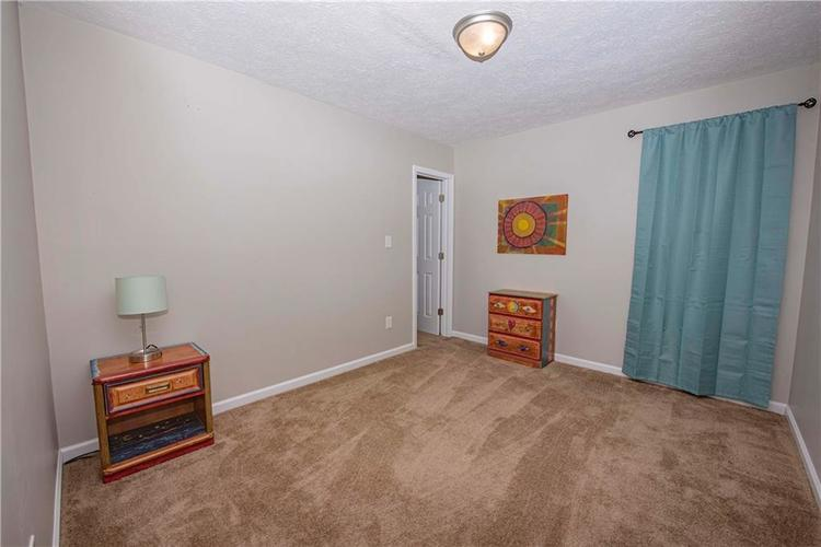 6458 Decatur Commons Indianapolis, IN 46221 | MLS 21675593 | photo 20