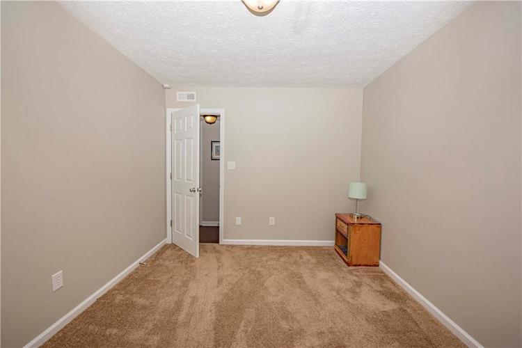 6458 Decatur Commons Indianapolis, IN 46221 | MLS 21675593 | photo 22