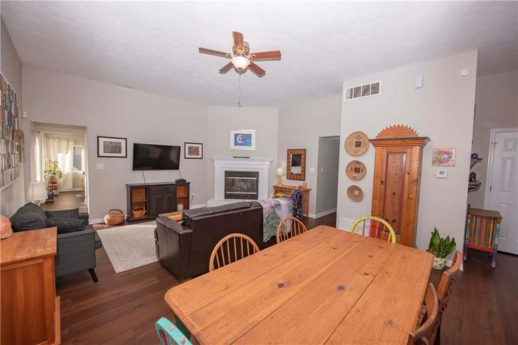 6458 Decatur Commons Indianapolis, IN 46221 | MLS 21675593 | photo 8