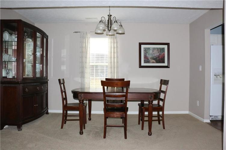 6005 Selby Court Noblesville, IN 46062   MLS 21675617   photo 8