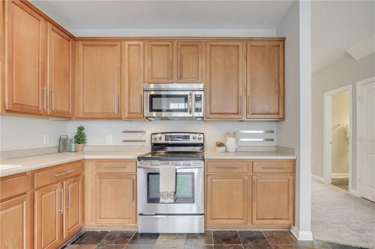 26 E 86th Street Indianapolis, IN 46240 | MLS 21675639 | photo 13