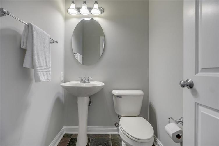 26 E 86th Street Indianapolis, IN 46240 | MLS 21675639 | photo 19