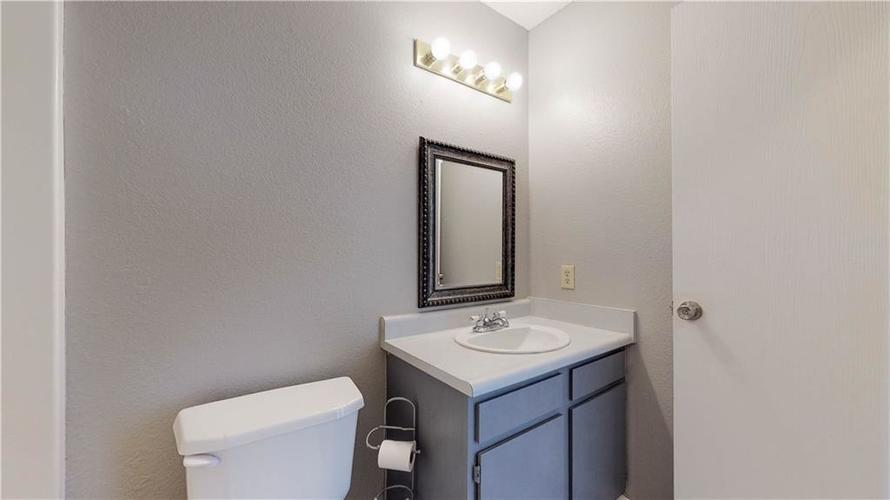6514 Townsend Way Indianapolis, IN 46268 | MLS 21675675 | photo 18