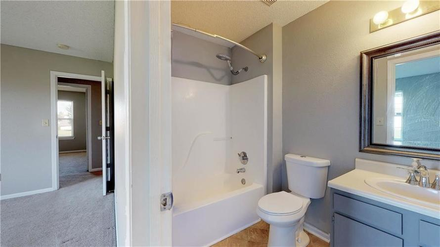 6514 Townsend Way Indianapolis, IN 46268 | MLS 21675675 | photo 22