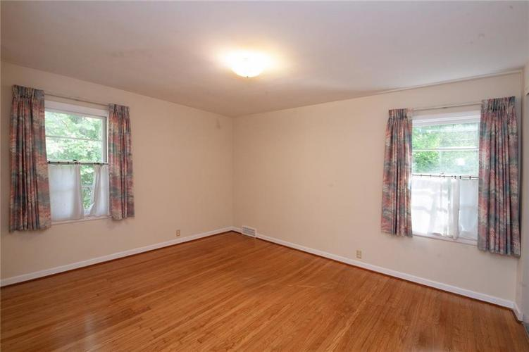 8343 N College Avenue Indianapolis, IN 46240 | MLS 21675682 | photo 20
