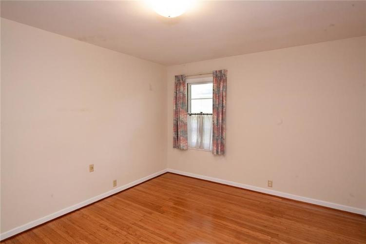 8343 N College Avenue Indianapolis, IN 46240 | MLS 21675682 | photo 21