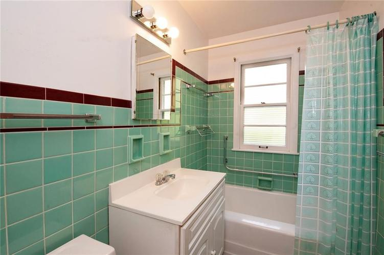 8343 N College Avenue Indianapolis, IN 46240 | MLS 21675682 | photo 22
