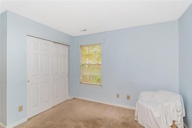 4034 Cherry Blossom Boulevard Indianapolis, IN 46237 | MLS 21675695 | photo 25