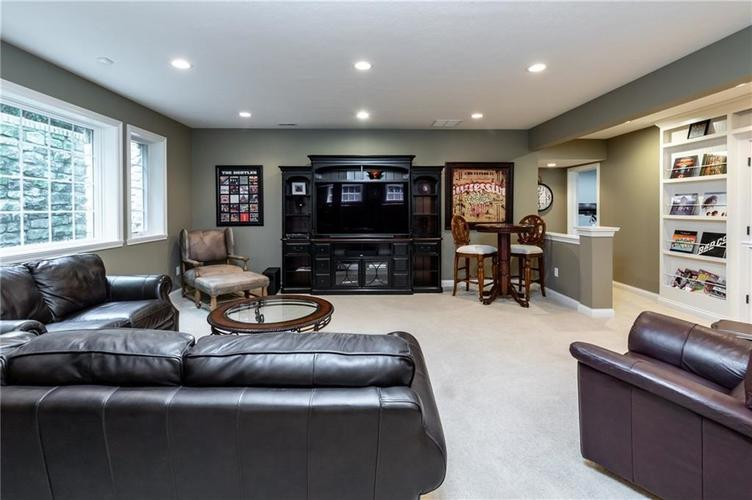 13724 Cosel Way Fishers, IN 46037 | MLS 21675722 | photo 28