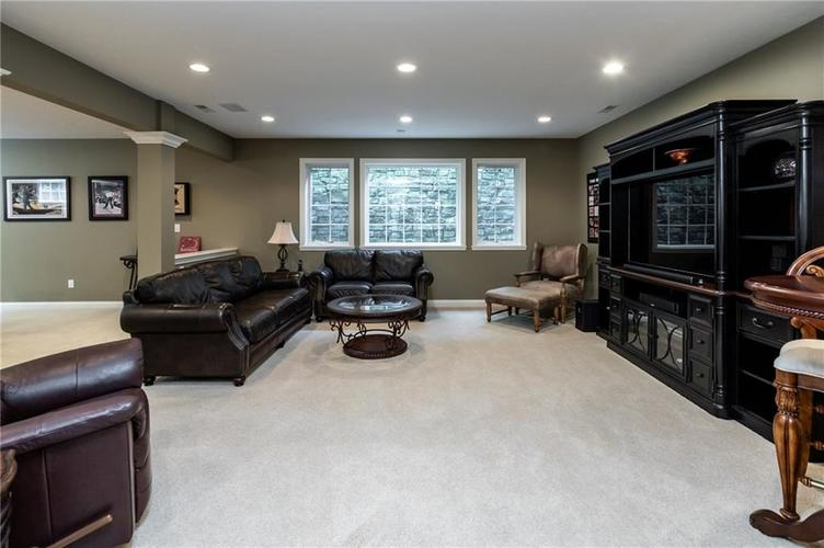 13724 Cosel Way Fishers, IN 46037 | MLS 21675722 | photo 29