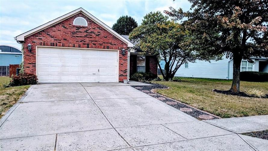 10602 Sedgegrass Drive Indianapolis, IN 46235 | MLS 21675750 | photo 1