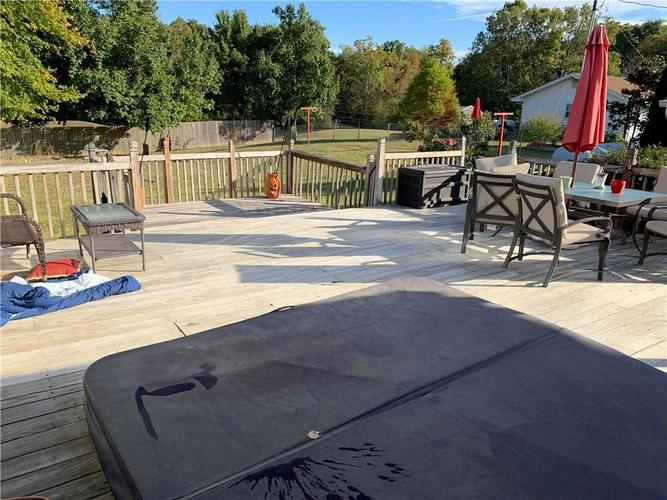 16796 E State Road 46 Columbus, IN 47203 | MLS 21675761 | photo 26