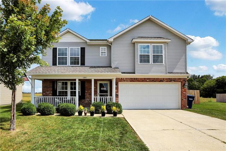 2041 Treving Drive Cicero, IN 46034 | MLS 21675778 | photo 1