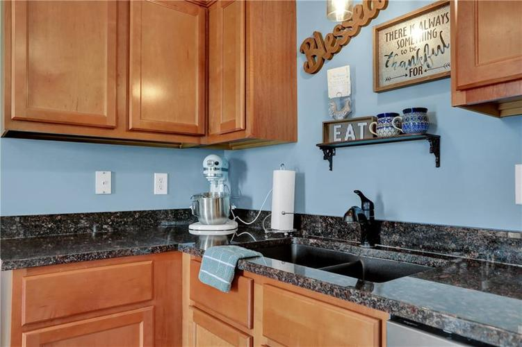 2041 Treving Drive Cicero, IN 46034 | MLS 21675778 | photo 12