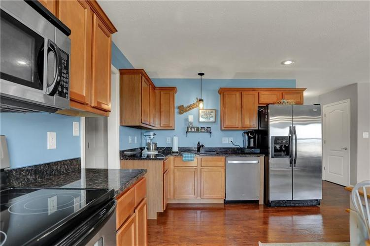 2041 Treving Drive Cicero, IN 46034 | MLS 21675778 | photo 14