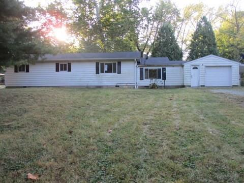 8888 S Birchwood Drive Knightstown, IN 46148 | MLS 21675816