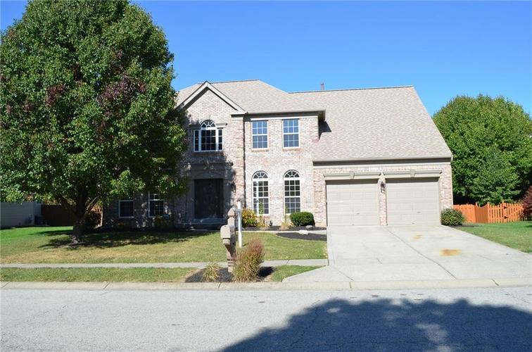 10307  Parkshore Drive Fishers, IN 46060 | MLS 21675828