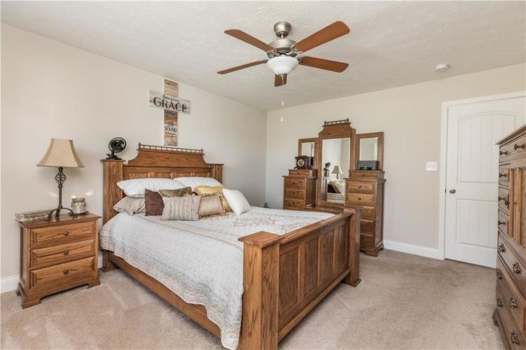 5786 Hall Road Plainfield, IN 46168 | MLS 21675841 | photo 12