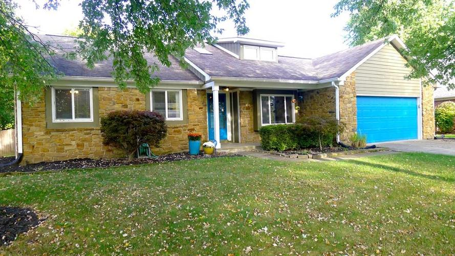 8030  CASTLE LAKE Road Indianapolis, IN 46256 | MLS 21675842