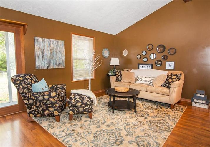 11044 Whistler Drive Indianapolis, IN 46229 | MLS 21675847 | photo 4
