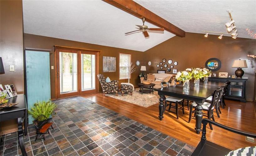 11044 Whistler Drive Indianapolis, IN 46229 | MLS 21675847 | photo 5