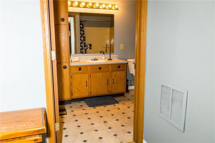 4348 VESTRY Place Indianapolis, IN 46237 | MLS 21675856 | photo 14