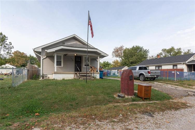 1024 S Norfolk Street Indianapolis IN 46241 | MLS 21675931 | photo 1