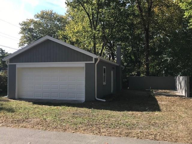 1637 E 73RD Street Indianapolis, IN 46240 | MLS 21675986 | photo 3