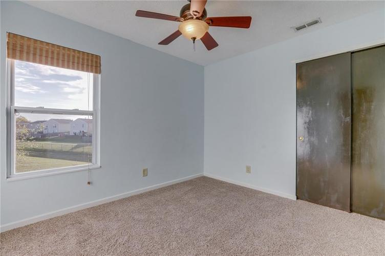 1781 Blue Grass Parkway Greenwood, IN 46143 | MLS 21675988 | photo 22