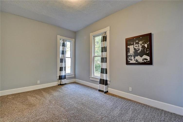 2037 BELLEFONTAINE Street Indianapolis, IN 46202 | MLS 21676021 | photo 18