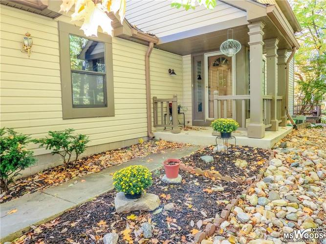8082  Sunset Cove Drive Indianapolis, IN 46236 | MLS 21676029