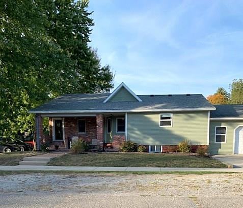 700 E Elm Street Ladoga, IN 47954 | MLS 21676127 | photo 2