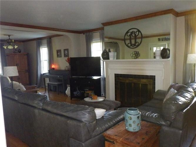 1537 Bethany Road Anderson, IN 46012 | MLS 21676130 | photo 10