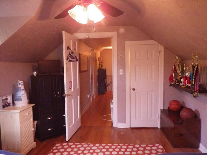 1537 Bethany Road Anderson, IN 46012 | MLS 21676130 | photo 20