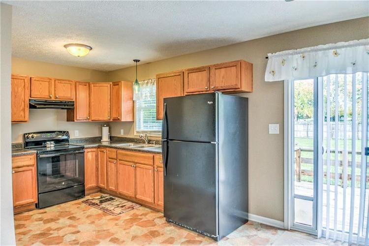 5680 Donald Court Camby, IN 46113 | MLS 21676143 | photo 10