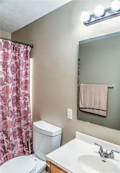 5680 Donald Court Camby, IN 46113 | MLS 21676143 | photo 11