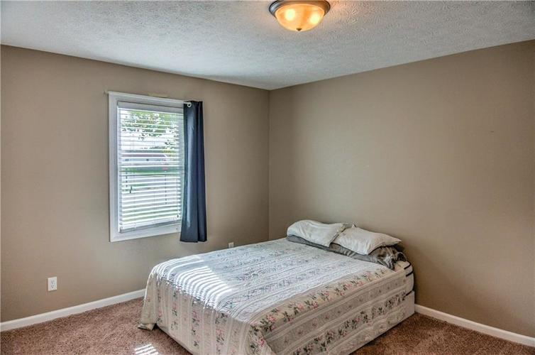 5680 Donald Court Camby, IN 46113 | MLS 21676143 | photo 14