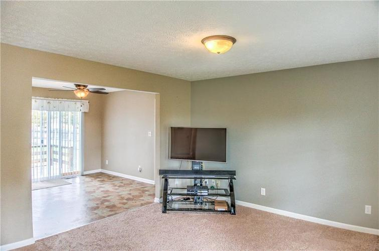 5680 Donald Court Camby, IN 46113 | MLS 21676143 | photo 7