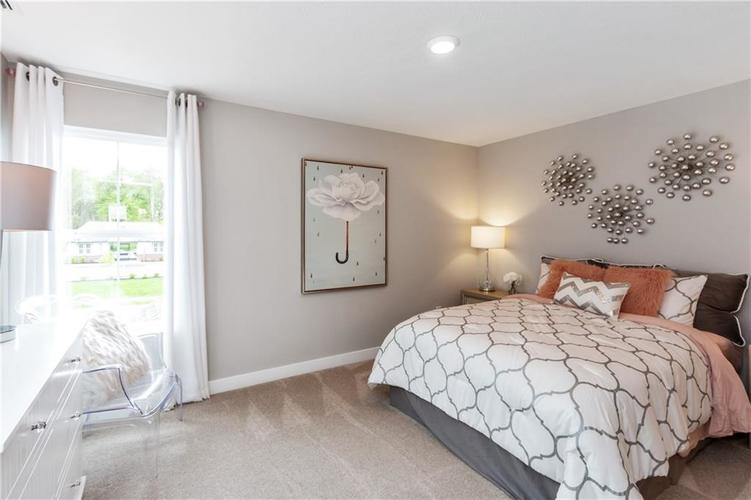 19288 Gillcrest Drive Noblesville, IN 46062 | MLS 21676157 | photo 21