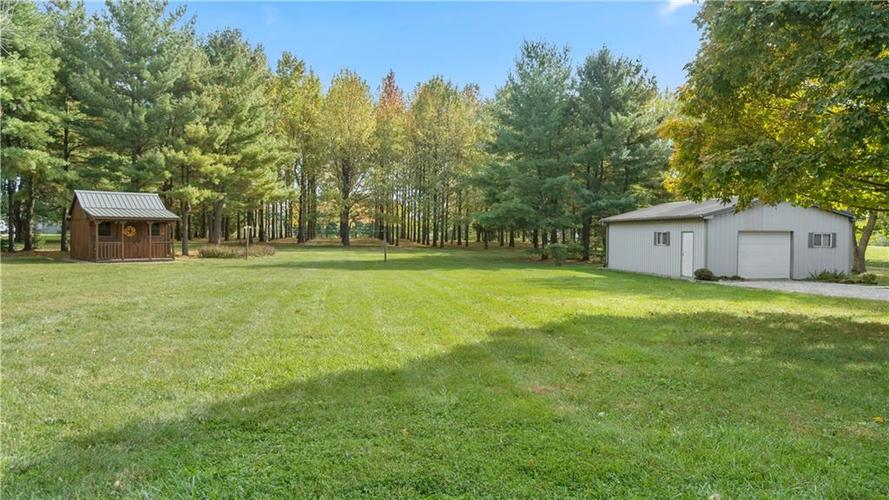 9583 S County Road 100 E Clayton, IN 46118 | MLS 21676167 | photo 27