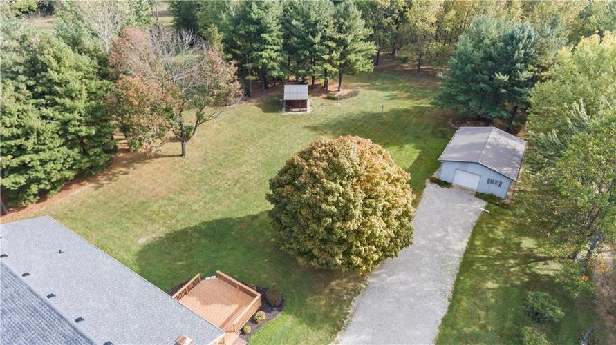 9583 S County Road 100 E Clayton, IN 46118 | MLS 21676167 | photo 4
