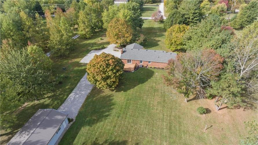 9583 S County Road 100 E Clayton, IN 46118 | MLS 21676167 | photo 5