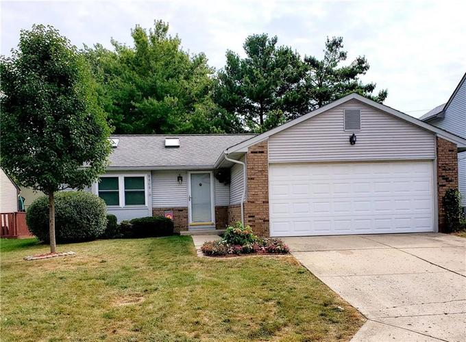 8809 Summer Walk Drive E Indianapolis, IN 46227 | MLS 21676170 | photo 1