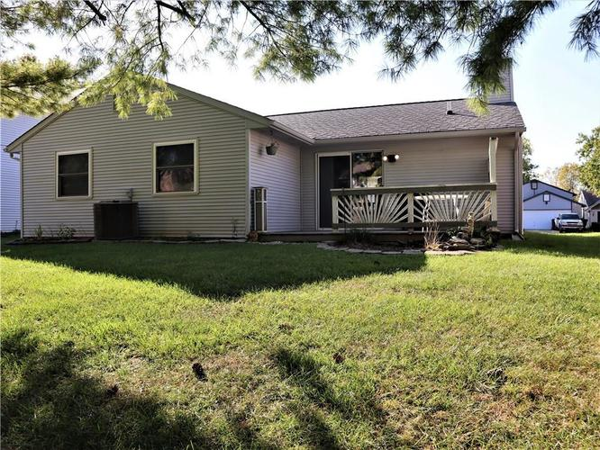 8809 Summer Walk Drive E Indianapolis, IN 46227 | MLS 21676170 | photo 2