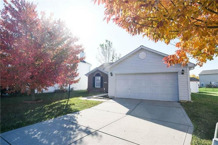8133 WHISTLEWOOD Court Indianapolis, IN 46239   MLS 21676171   photo 27